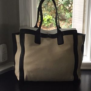 💕Chloe Large Alison Tote EUC Comes with dust bag